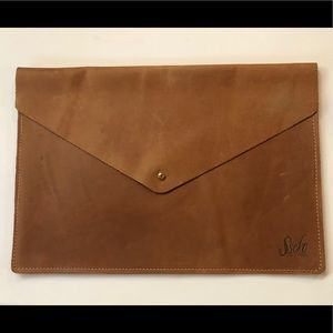 *RARE* Sseko Vintage iPad/MacBook/Chromebook Case